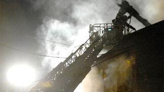Espectacular incendio en el Zaidín