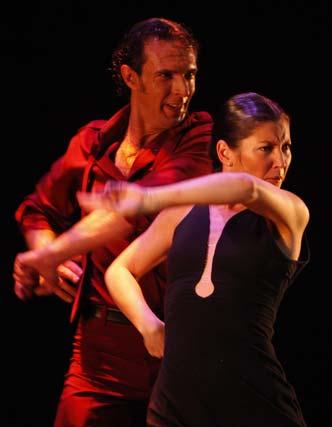 Sara Baras conquista el Gran Teatro Falla