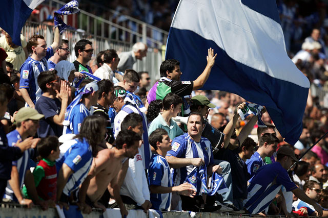 Málaga empuja a su equipo