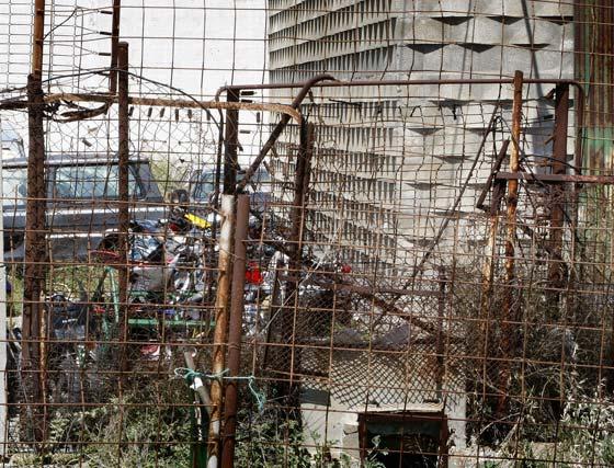 Lamentable estado del depósito municipal de vehículos