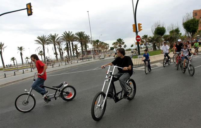 Más de 7.000 ciclistas participan en el día de la Bicicleta