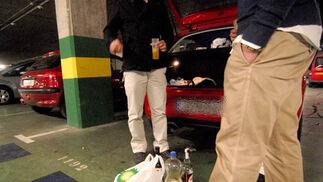 Botellón en los parkings de Granada