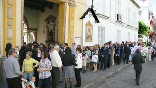 Colas en la entrada de San Antonio Abad.  Foto: Belén Vargas
