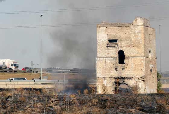 Aspecto de unas de las zonas quemadas tras ser apagado el fuego.  Foto: B. Vargas