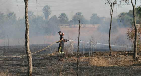 Más trabajos de extinción.  Foto: B. Vargas