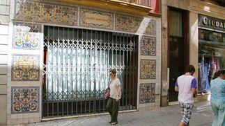 Comercios que han conseguido subsistir durante años, cierran definitivamente sus puertas a esta crisis  Foto: Victoria Hidalgo