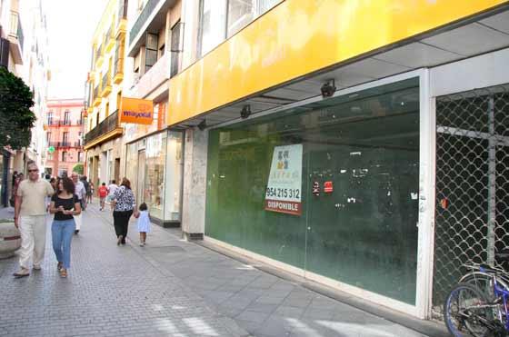 Multitud de locales en alquiler tras la crisis  Foto: Victoria Hidalgo