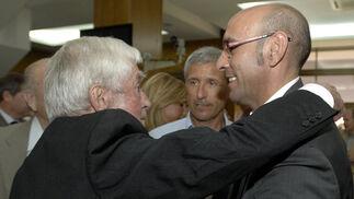 En el homenaje a Juan Arza, en junio de 2009
