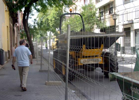 La Avenida de la Cruz Roja cortada al tráfico./ Belén Vargas