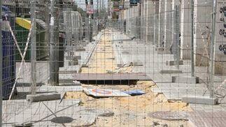 Situación actual de las obras de ampliación del carril bici en la Avenida de República Argentina./ Victoria Hidalgo