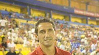 Manolo Jiménez, técnico del Sevilla, ante del encuentro  Foto: Kiki