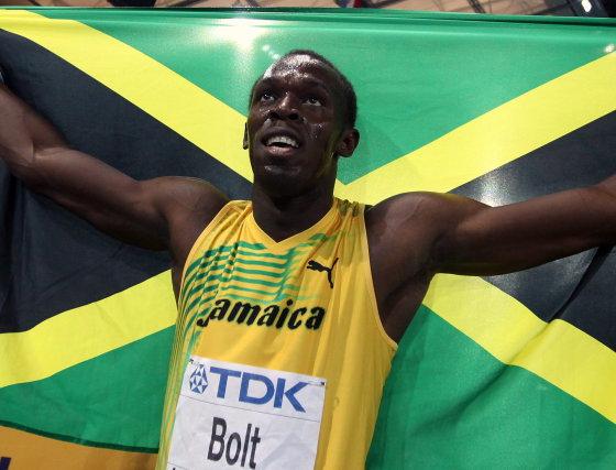Bolt es una leyenda viva en el mundo del atletismo al proclamarse campeón mundial de 100 metros en 9.58 segundos.  Foto: EFE