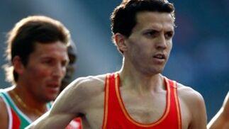 El atleta español Juan Carlos Higuero compite en una ronda preliminar de los 1.500 metros masculinos.  Foto: EFE