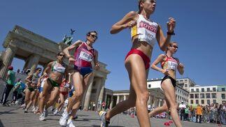 La española María Vasco, durante la prueba de 20 kilómetros marcha del Mundial de atletismo Berlín 2009.  Foto: EFE