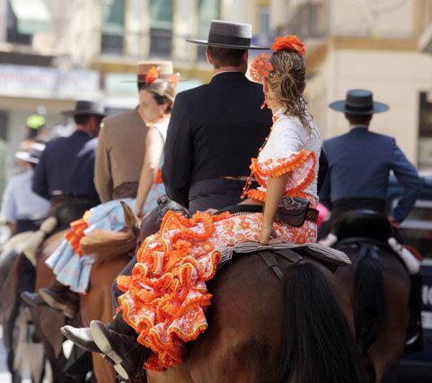 Caballos y carruajes peregrinaron hacia el santuario de la Virgen de la Victoria como cada comienzo de feria FOTO: Migue Fernández