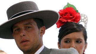 Hombres y mujeres montaban a caballo por las distintas calles del Real. FOTO: Migue Fernández