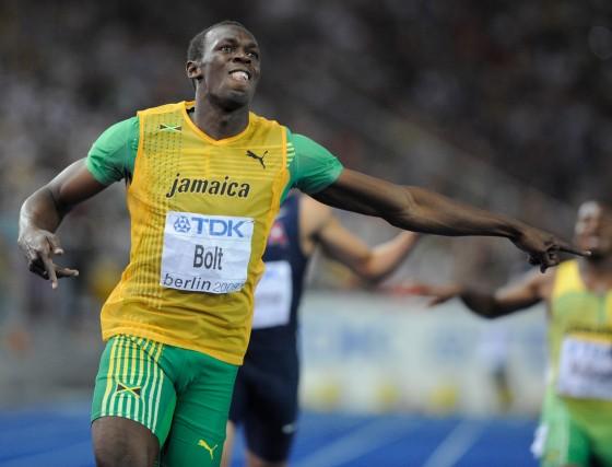 Bolt vuelve a batir el récord de los 200 metros lisos