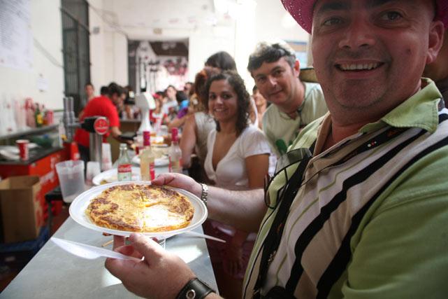 La Tortilla de patata sigue siendo la reina de la gastronomía en Feria. FOTO: Punto Press