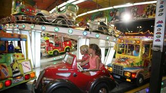 Las atracciones siguen siendo la mejor diversión para los niños. FOTO: PUNTO PRESS