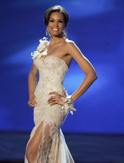 La primera finalista Ada de la Cruz.  Foto: Efe