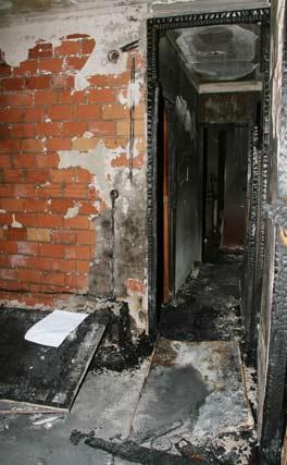 La casa ha quedado irreconocible tras el fuego.  Foto: Victoria Hidalgo