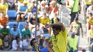 Álvaro Silva, uno de los pocos fichajes que jugaron de inicio.   Foto: Lourdes de Vicente y Joaquin Hernandez Kiki