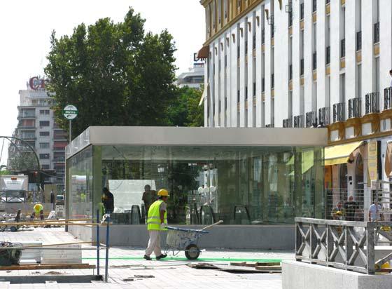 Estado actual de la estación de Puerta Jerez dos días antes de su inaguración.  Foto: Manuel Gómez