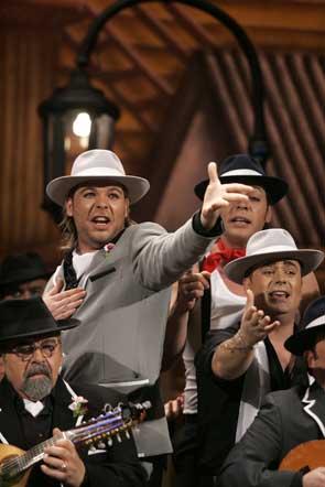 El coro de Pastrana, 'Los tangueros', ha sido elegido ganador de la modalidad en esta edición del concurso de agrupaciones  Foto: Jesus Marin/Lourdes de Vicente