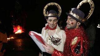 El pregón, a cargo de Jesús Bienvenido, constituyó todo un espectáculo, en el que participaron 'Los santos', la Orquesta Caballati y David Palomar  Foto: Jesus Marin