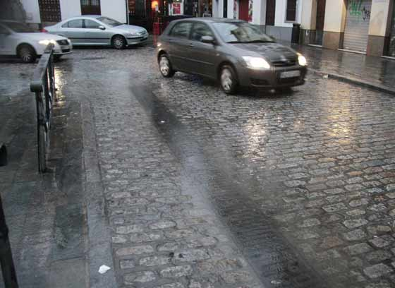 La próxima semana también estará pasada por agua en Sevilla, según la Agencia Estatal de Meteorología.   Foto: Victoria Hidalgo