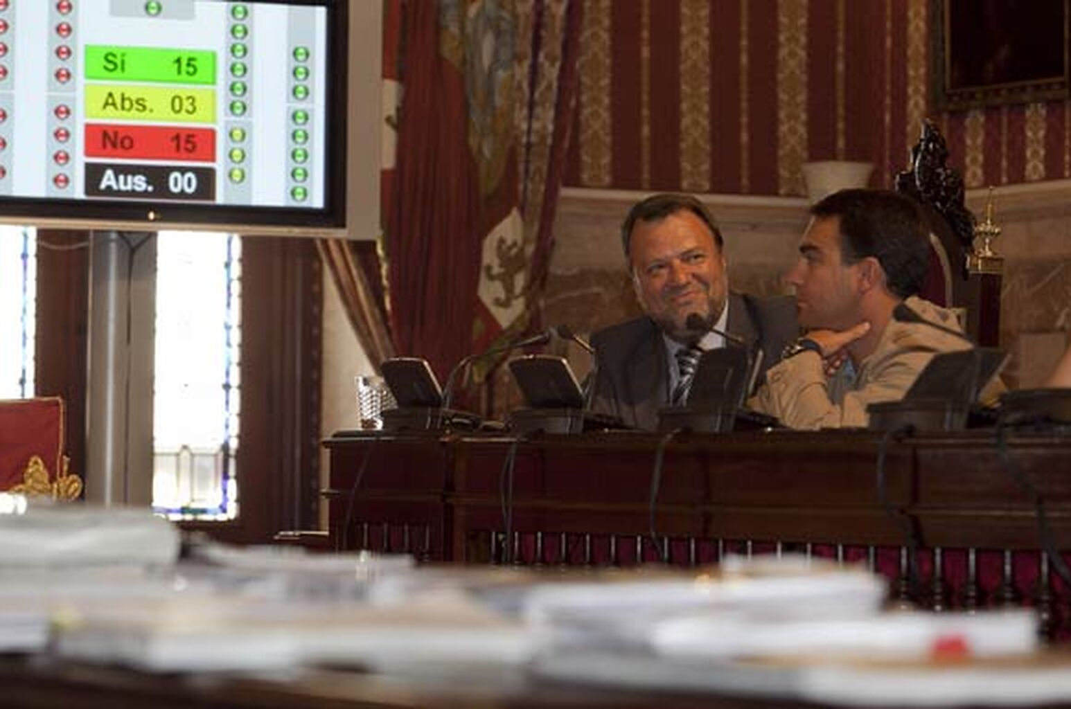 Resultado de imagen de MONTESEIRIN Y EL SECRETARIO EN METROPOL