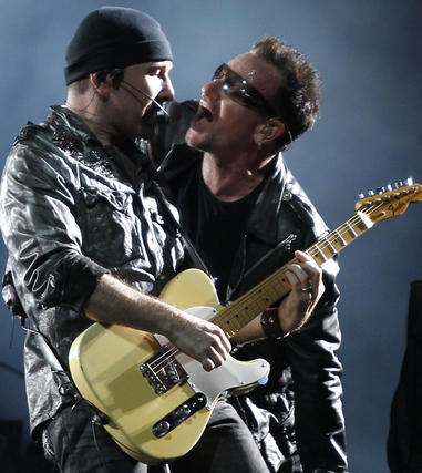 Bono y The Edge.  Foto: Pizarro