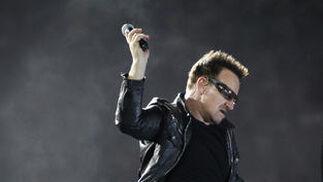 Bono apenas paró durante el tiempo que duró el concierto.  Foto: Pizarro