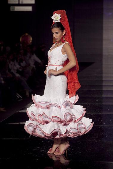 """Colección """"Volantes de reina"""" - Simof 2010"""