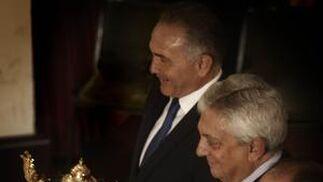 José Pérez Bernal, Francisco Herrero y Rafael Gordillo durante el acto.  Foto: B. Vargas