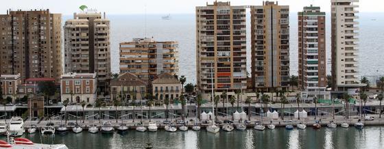 Imagen del Muelle Uno el día que permaneció cerrado al público  Foto: Javier Albiñana