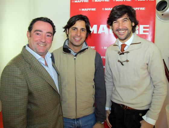 El compositor Rafael González Serna; el torero Francisco Rivera Ordóñez y el cantaor Manuel Lombo.  Foto: Victoria Ramírez