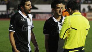 Los albinegros no consiguieron marcar gol y salen por primera vez de las plazas de ascenso.  Foto: Paco Guerrero