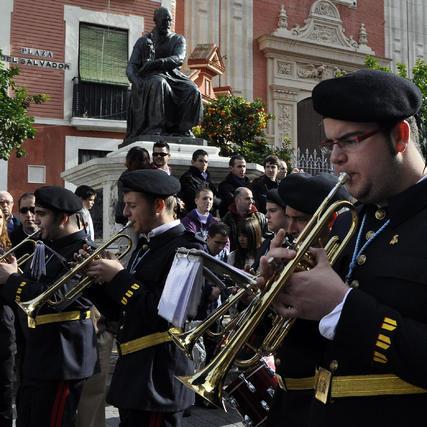 Una de las bandas, a su paso por El Salvador. / Manuel Gómez