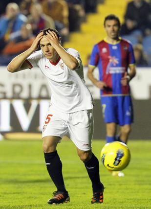 Trochowski se lamenta.  Foto: AFP