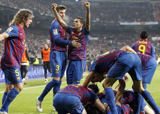 El Barcelona vence al Real Madrid a domicilio (1-3). / EFE