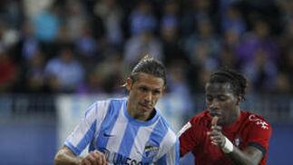 El Málaga remonta a medias ante el Osasuna (1-1). / Sergio Camacho