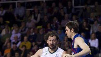El Unicaja no puede hacerle frente al Barcelona en el Martín Carpena (72-62). / Álex Caparros