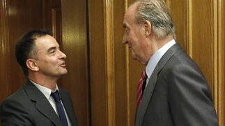 El rey Juan Carlos recibe al diputado de ERC Alfred Bosch  Foto: EFE