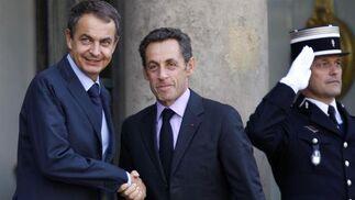 12 de septiembre de 2009: Zapatero, en un encuentro con el presidente francés, Nicolas Sarkozy.  Foto: Reuters