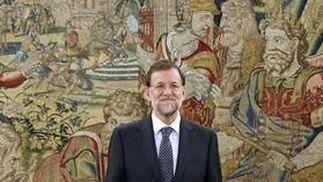 Mariano Rajoy posa como presidente del Gobierno. / EFE