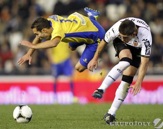 Pablo Hernández hace falta a Ferreiro.   Foto: LOF