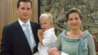 La familia al completo.  Foto: EFE