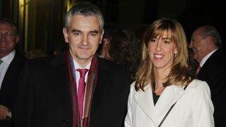Raúl Jara, director financiero de Persán, y Sara Oviedo.   Foto: Antonio Pizarro / Juan Carlos Vázquez / Victoria Hidalgo / Manuel Gómez