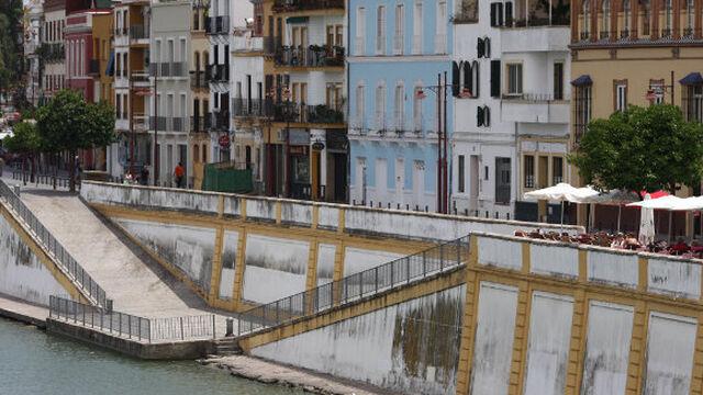 Patrimonio 39 salvemos triana 39 tilda de enga o al - Azulejos zapata ...